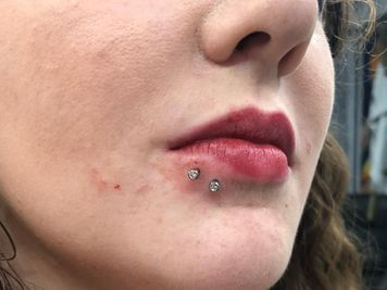 best jewelry spider bites piercing