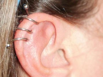 cartilage spiral piercing