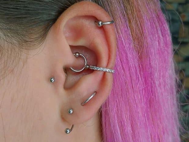 helix orbital ear piercing