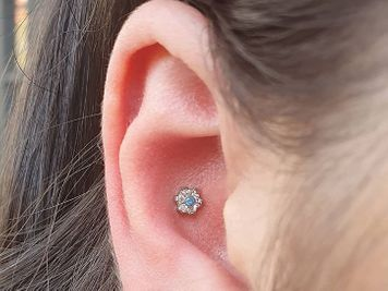 infected conch piercing