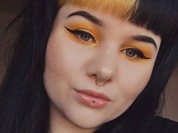 stud ashley lip piercing